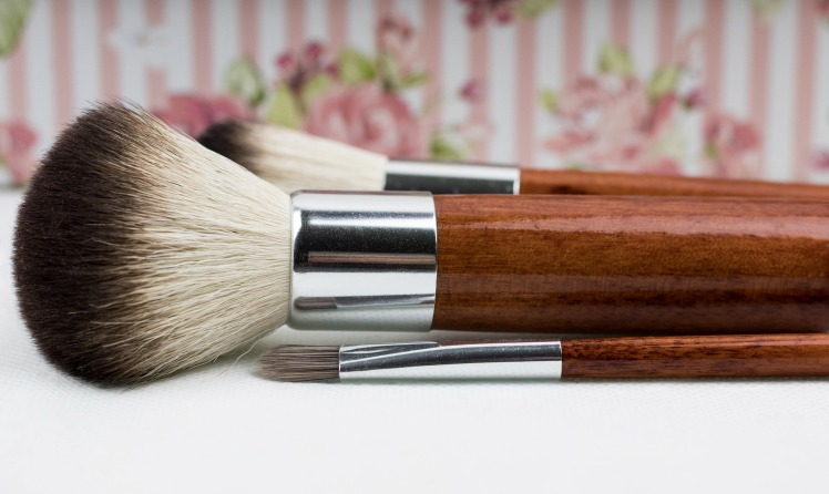 makeup-brush-1761929_1920