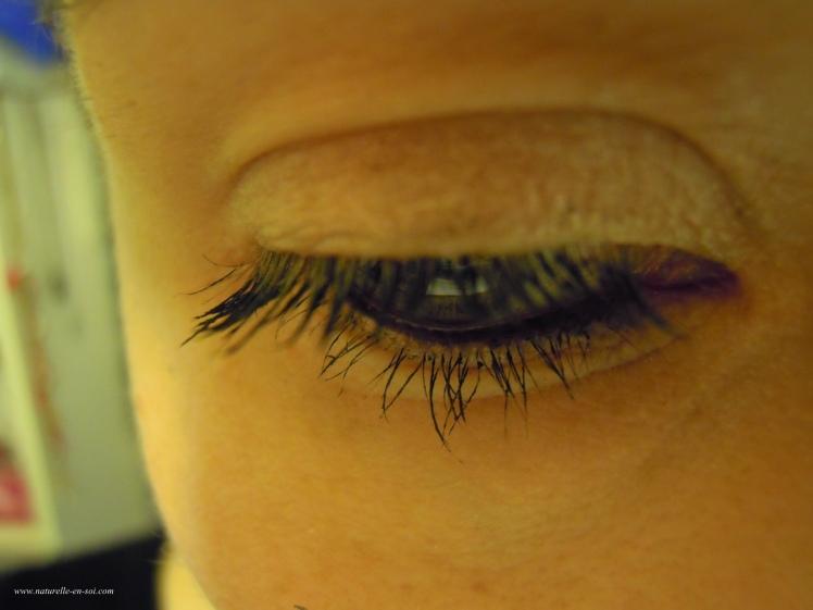 mascara Couleur Caramel vue vers le bas