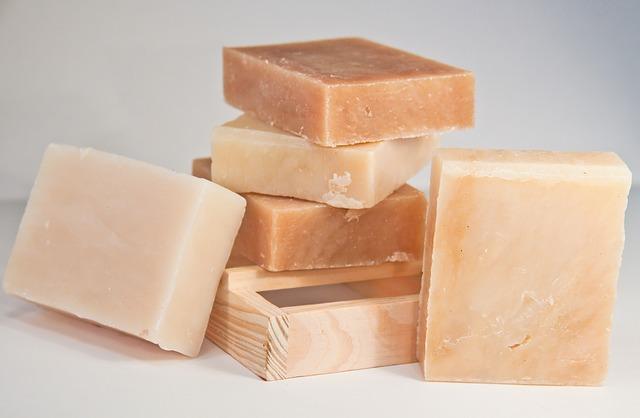 soap-1509963_640